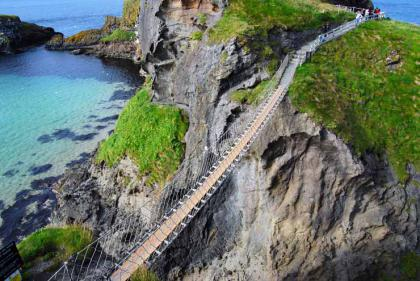 2.-Carrick-a-Rede-Rope-Bridge-Northern-Ireland..jpg