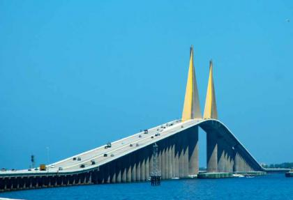 8.-Sunshine-Skyway-Bridge-Florida..jpg